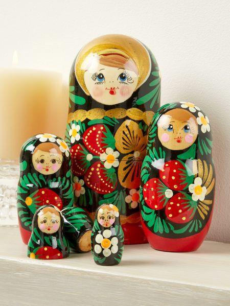 87574e9228e2 Russian Nesting Dolls