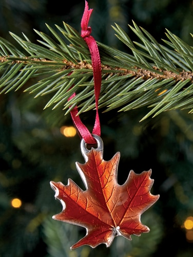 maple leaf ornament made in vermont by danforth pewter danforth pewter maple leaf ornament