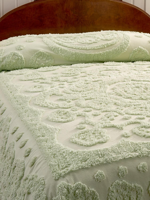 Wedding Ring Style Victoria Plush Chenille Fringe Full Size Bedspread