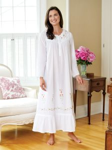 7872615929 Sweetheart Rose Embroidered Cotton Nightgown