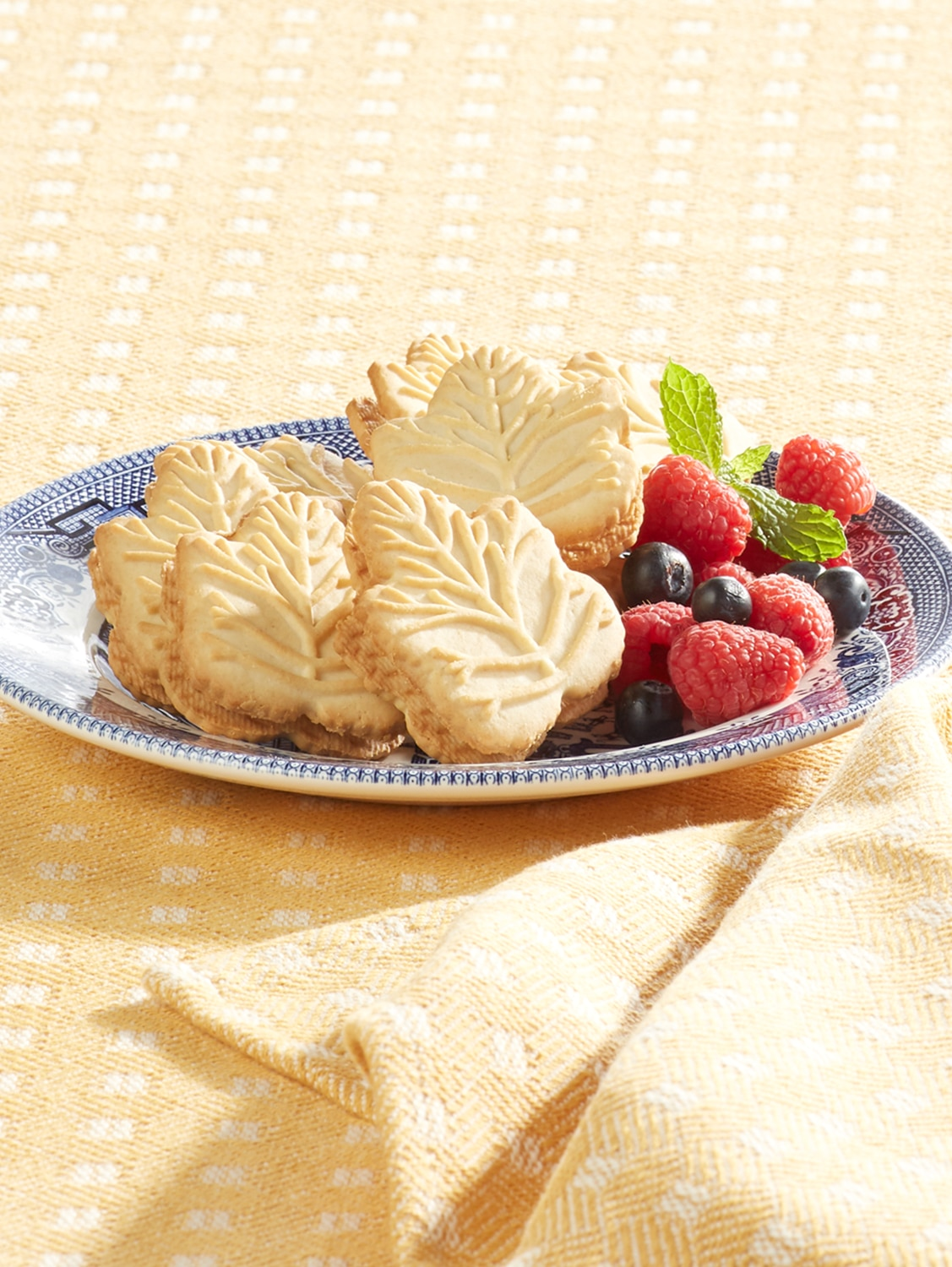 2 Boxes Leaf Shaped Maple Cream Cookies