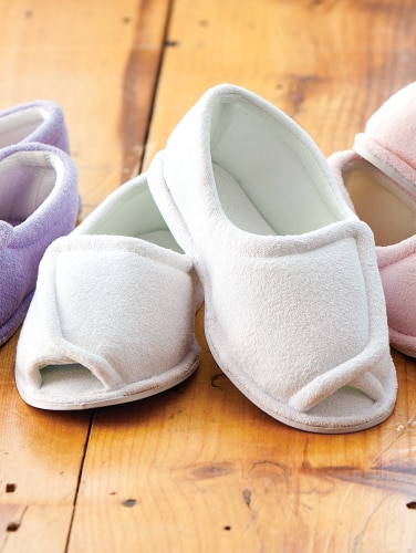 ed88680ae Adjustable Therapeutic-Wrap Slippers