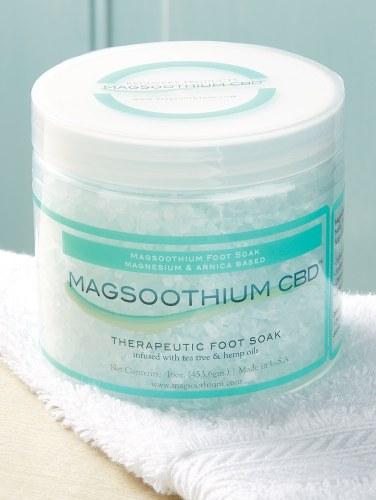 Magsoothium CBD Tea Tree Foot and Body Soak