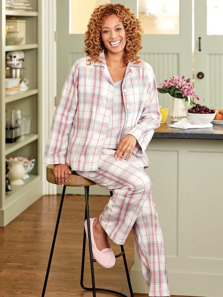 f5e1b83b21 Womens Flannel Pajama Set