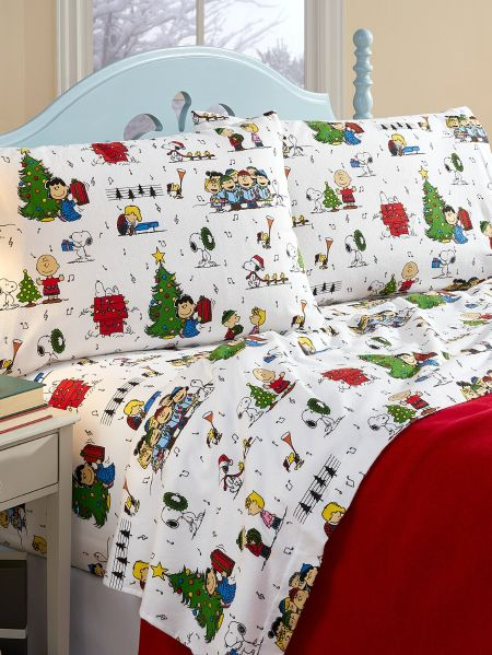 Peanuts Christmas Sheets in Portuguese Flannel