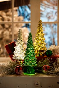 Old Fashioned Ceramic Christmas Tree