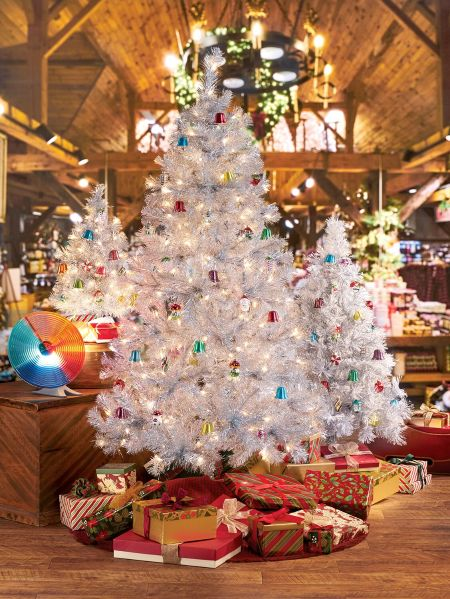 christmas tree with tinsel images