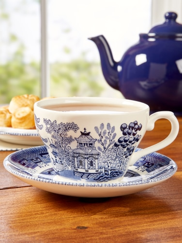 608f62388d Blue Willow China Tea Cup and Saucer, Set of 8