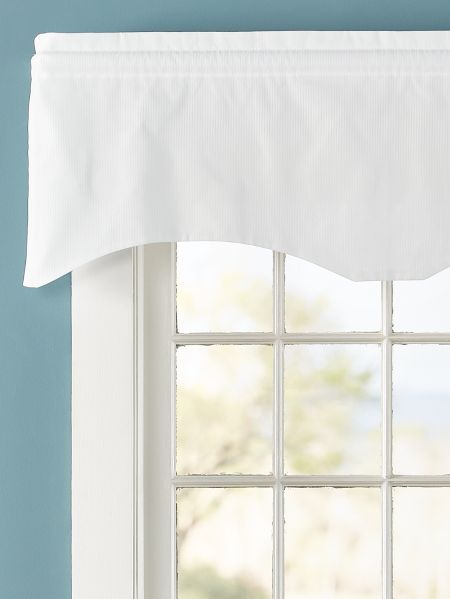 Vertical Stripe Scalloped Curtain Valance