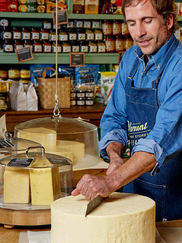 Storekeepers Cheddar Cheese Wheel